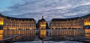 Place-de-la-bourse-wochenende-in-bordeaux