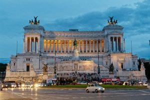 roma in un giorno piazza venezia