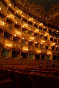 naples in 3 days-san carlo theater