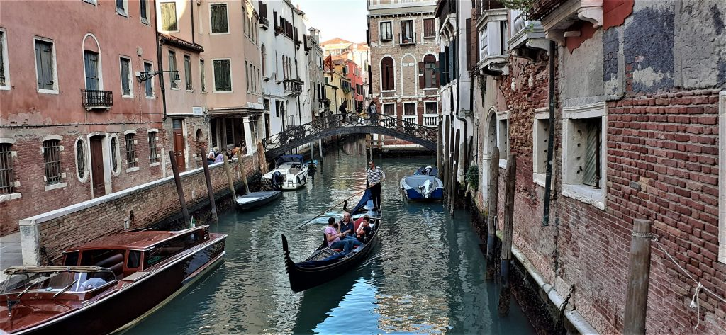 walking tour in venice
